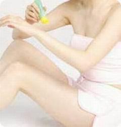 激光美容皮肤做个白净女人